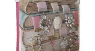 Vintage Treasure Kindle Case | Zazzle.com