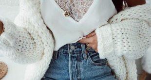 Der Kontrast verschiedener Materialien und Stoffe kann ein Outfit unglaublich sp...