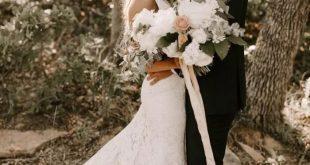 Simple Mermaid Lace Wedding Dresses with Long Train Viniodress VW1069