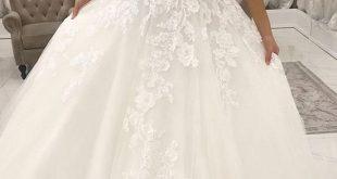 White V-Neck Lace Top Wedding Dress,Sleeveless Tulle Evening Dress