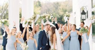 8 Amazing Wedding Color Combos to Steal in Spring 2019--dusty blue, navy and whi...