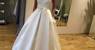 Rabatt 2018 Elegant Satin A Line Brautkleider Bateau Sweep Zug Hochzeitskleid .....