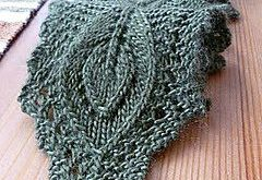 Simply beautiful scarf! I have been looking for the ultimate pineapple lace and ...