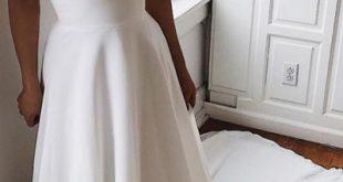 Weißes Satin A-Linie V-Ausschnitt Spitze Spaghettiträgern Abendkleid mit Schleppe, SP447