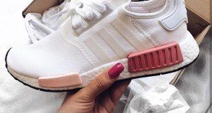 adidas Originals NMD in white-pink/weiß-pink // Foto: tesoro.laura |Instagram