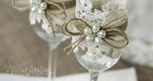 Lace Toasting Flutes, Pearl Flower Champagne Wedding Glasses, Bride and Groom Toasting Flutes Wedding Set